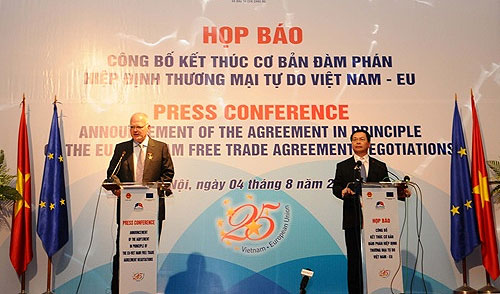 EU, VN agree on free-trade after three-year talks