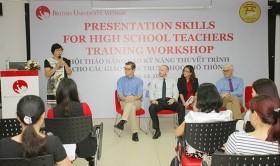 Workshop to improve teachers' presentation skills held in Hanoi