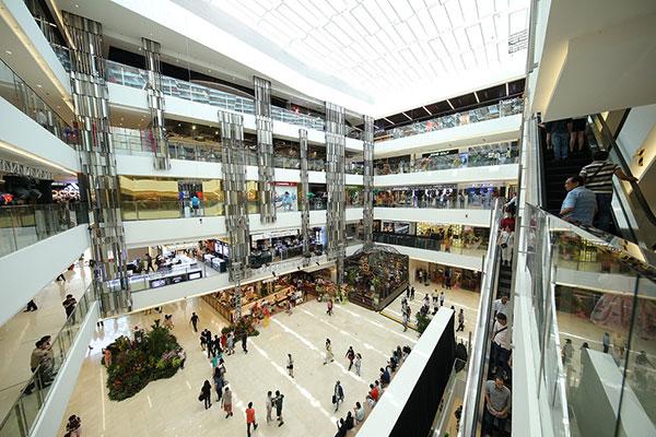 saigon centre mall brings out the big guns