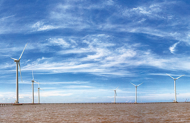 Wind power tempts foreign investors Investing