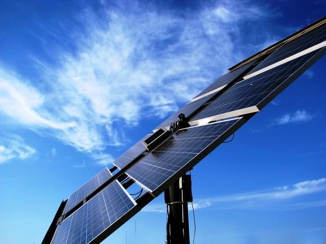 glutton for work thien tan to develop second solar power plant