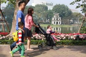 Officials consider revising Hoan Kiem Lake street closures