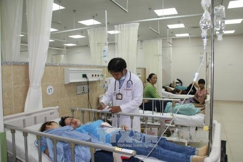 dong nai worried about brain drain at public hospitals
