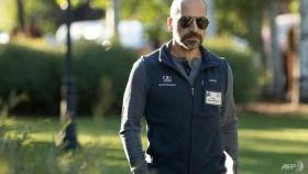 Uber hires Dara Khosrowshahi as chief