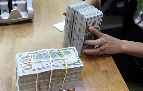 central bank may sell 4 10b to stabilise forex market hsc