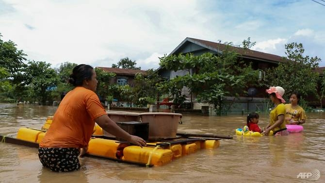 fears grow as flooding displaces 130000 in myanmar