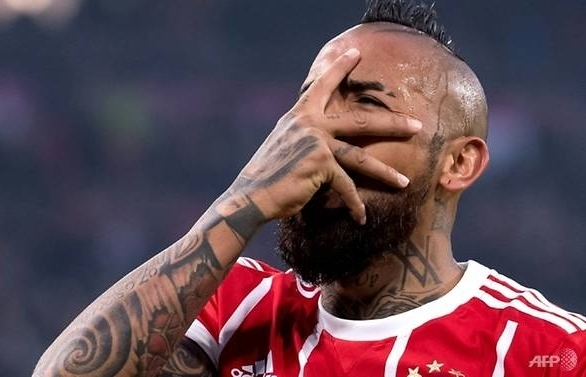 barcelona agree vidal switch in us 35m deal