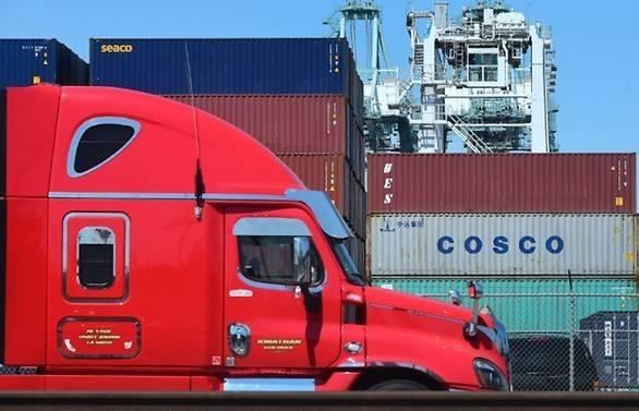 trade war heats up as china takes aim at us 60b in us goods