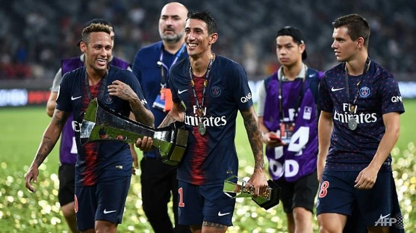 neymar returns as psg thrash monaco in china