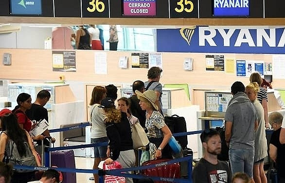 german dutch ryanair pilots to join european strikes on friday