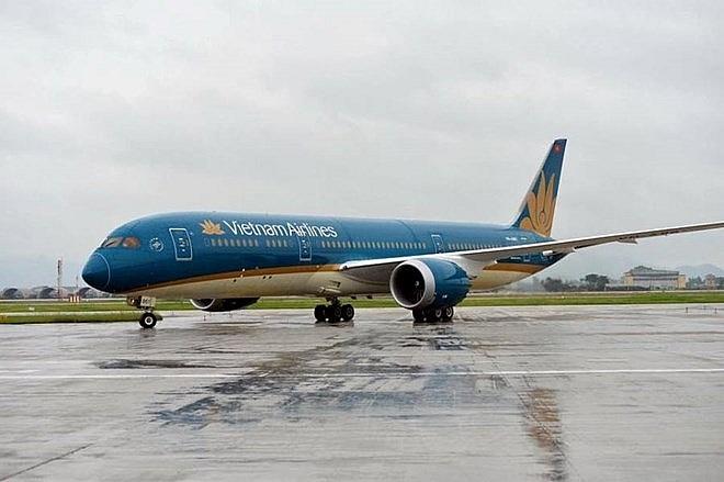 vietnam airlines adjusts flights fromto japan due to storm