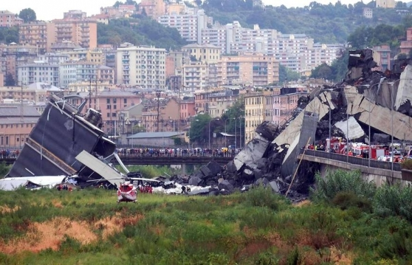 italy highway bridge collapses in genoa at least 22 dead