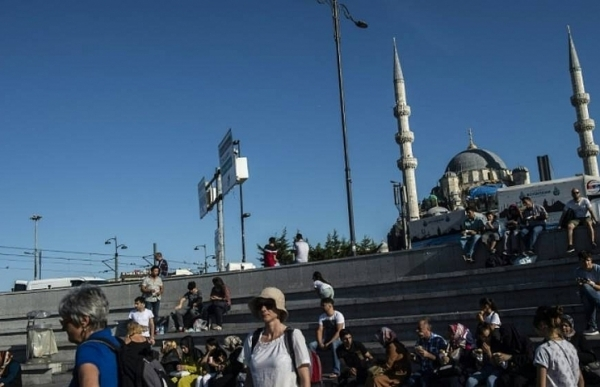 Foreign tourists get surprise bonanza from Turkey woes