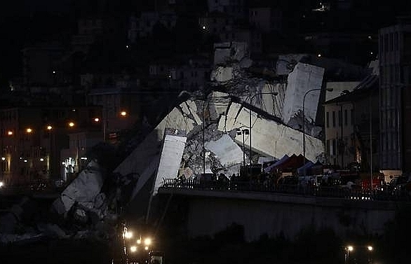floodlight search for survivors after deadly italy bridge collapse