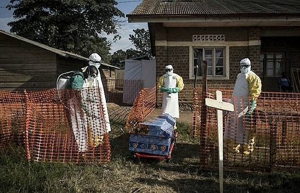 ebola deaths in dr congo rises to 49 with 2000 feared contacts