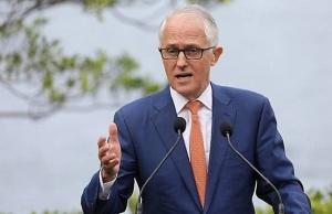 australian pm turnbull survives party leadership challenge