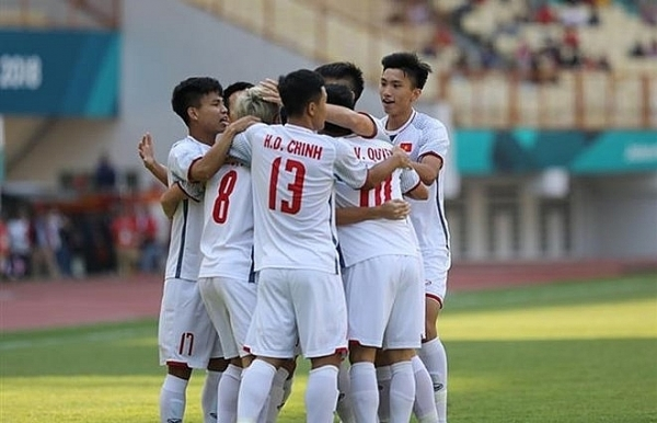 asiad 2018 vietnam beats japan topping group d