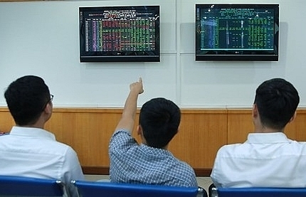 vn stocks up for sixth straight day