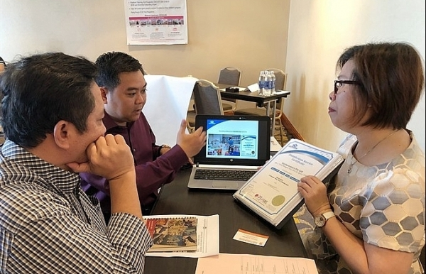 foreign franchises eye lucrative vietnam market