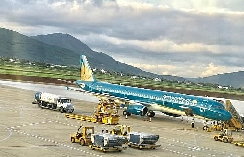 vietnam airlines to cancel flights on august 2 due to storm wipha