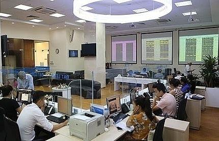 vn stocks struggle to stay positive