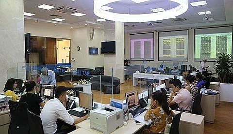 vn stocks struggle to stay positive