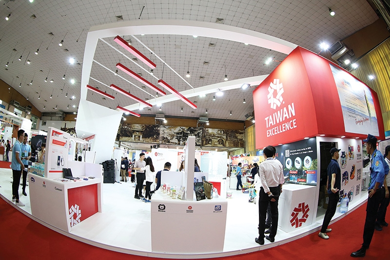 taiwanese brands shine at taiwan expo in hanoi