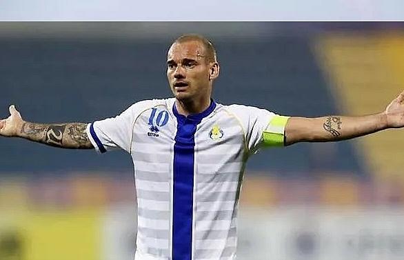 dutch hero sneijder announces retirement