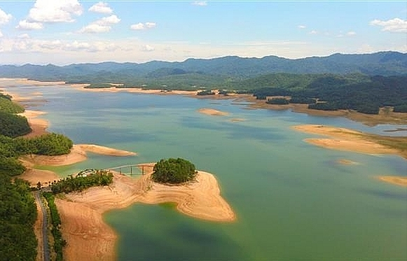 ke go lake eco tourism destination in vietnam