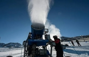 climate change forces chile ski stations to make fake snow