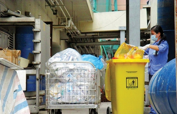 healthcare sector going plastic free