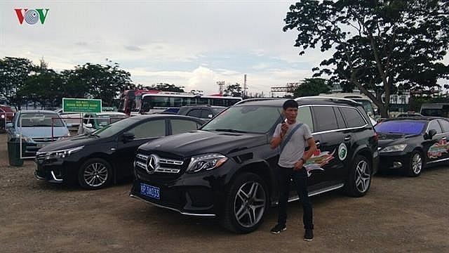deputy pm approves extension of tourist car service via border