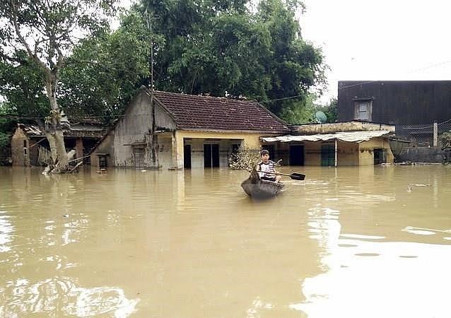 eu grants 100000 eur to flood victims in vietnam