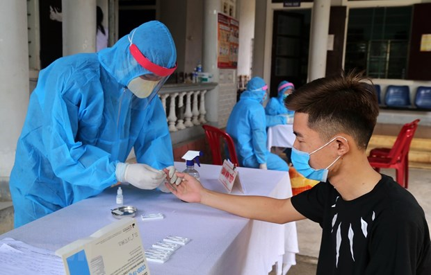 two new covid 19 cases linked to da nang outbreak