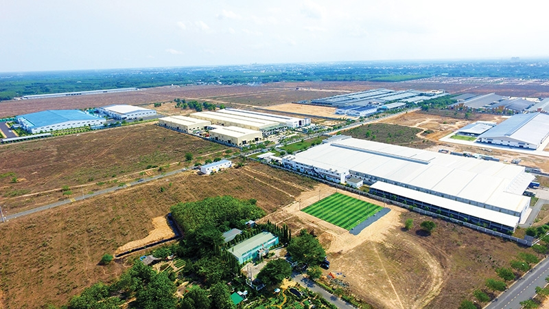 1506p19 manufacturers work cut out to locate suitable industrial plots