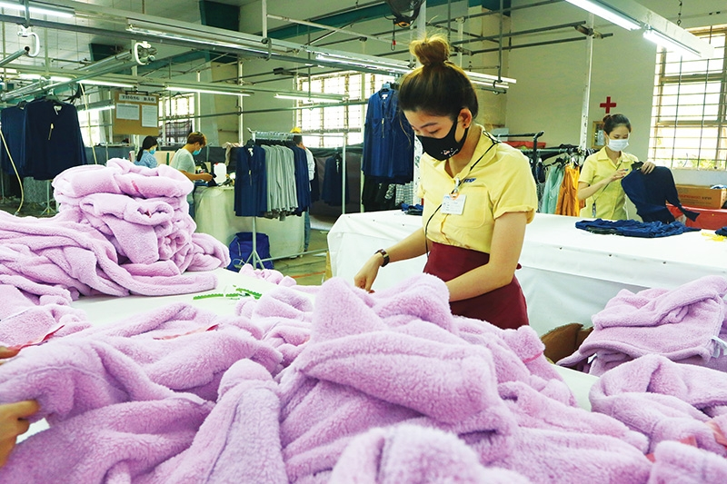 1506p10 garment and footwear await eu orders with bated breath