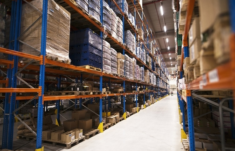 Better linkage sought in warehouse system
