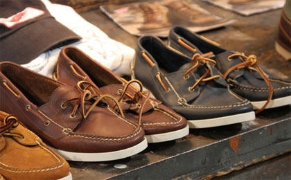 Bonus for footwear companies | Investing | Funds and Investment
