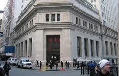 Protesters blocked in bid to 'occupy' Wall Street