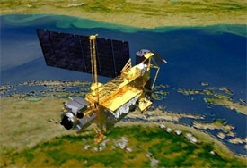 dead satellite could strike canada africa australia