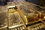 Commodity prices slump as investors seek dollar safety