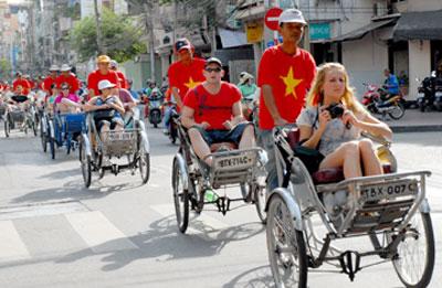 Vietnam urged to upgrade tourism services