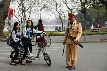 police urge electric bike regulation rethink