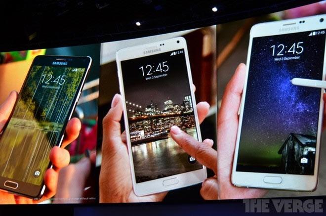 Samsung, BlackBerry launch new smartphones