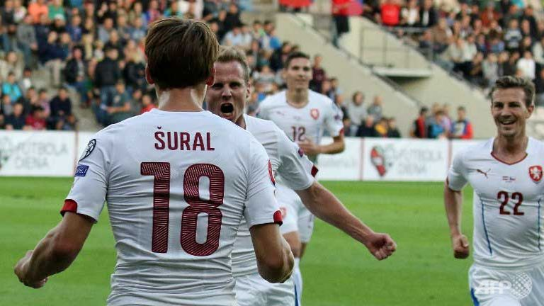 Iceland, Czech Republic secure Euro 2016 berths