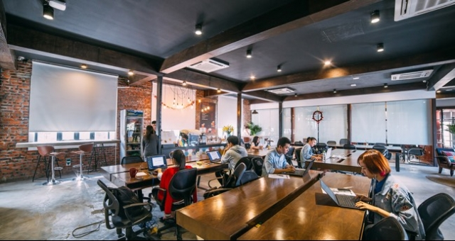 co working space an affordable alternative