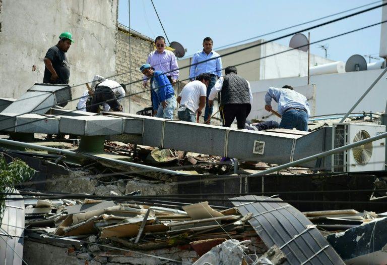 mexico city shaken by 71 magnitude quake