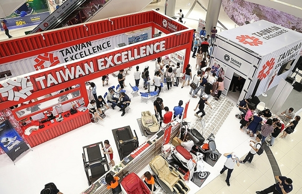 taiwan excellence store wows locals