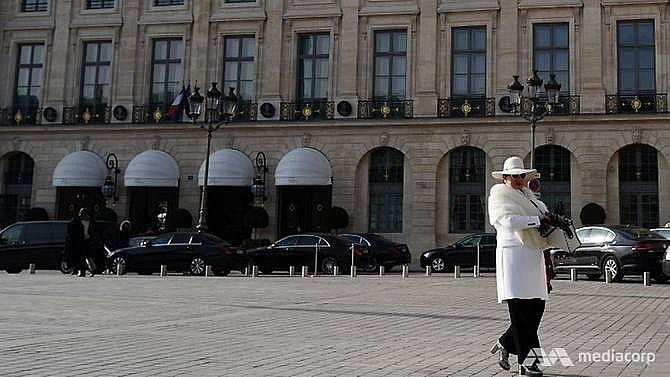 saudi royal says jewels stolen at paris ritz