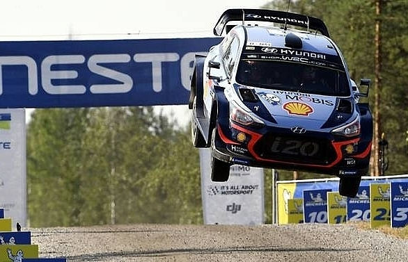 neuville takes leap into the unknown in rally turkey